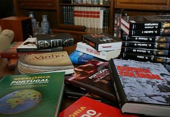 Livros didáticos em oferta