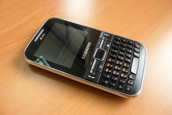 Saraiva celular Samsung Chat 322