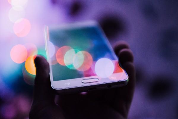 Ganhe 1 celular grátis Vivo