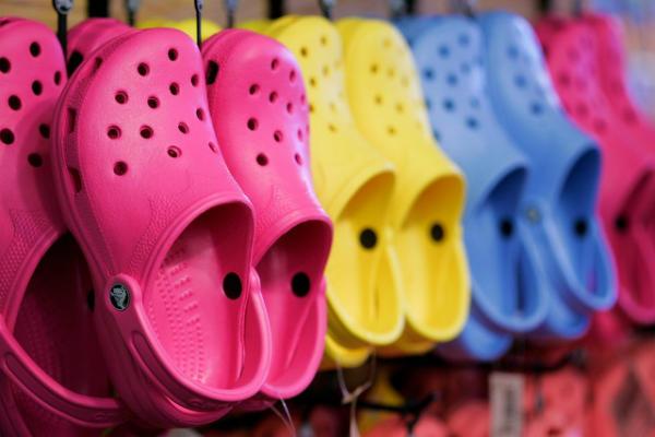 Sandálias Crocs em promoção