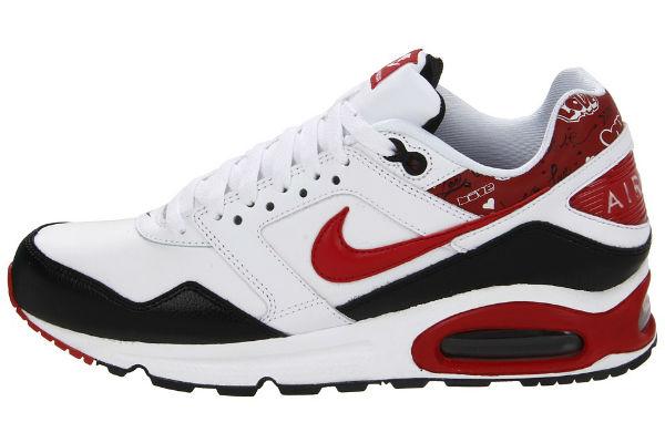 Tênis Nike Air Max Navigate Leather em oferta Dafiti - Ofertas do dia 932821340a9d9