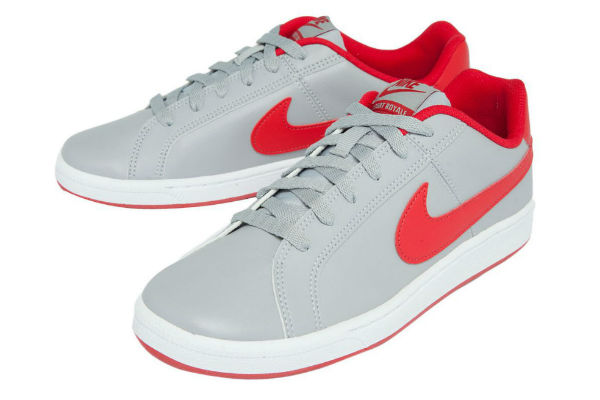 Tênis Nike Court Royale